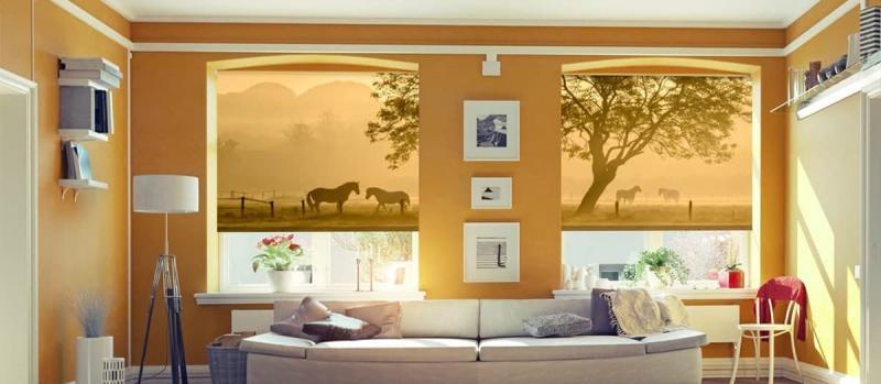 Рулонные шторы в интерьере гостиной 3