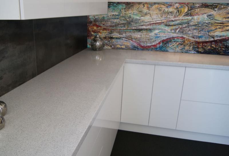 Фартук для кухни (крашеная стена) 2