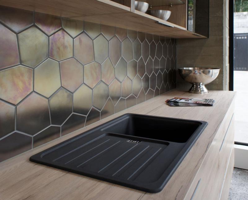 Металлический фартук для кухни 5