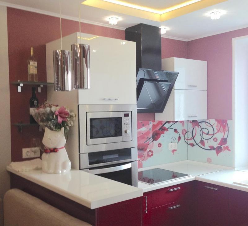 Кухня красного цвет (Наталья Бучнева, г. Челябинск) 4
