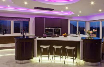 Кухня в фиолетовом цвете 6