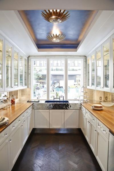 Потолок из гипсокартона для маленькой кухни 1