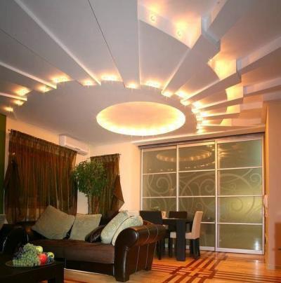 Потолок из гипсокартона для зала в хрущевке 8