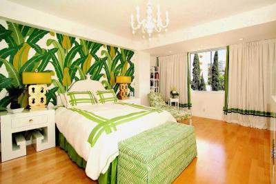 Зеленые обои для спальни 3