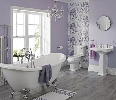 Цвет Ультрафиолет в интерьере ванной комнаты