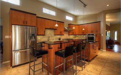 Угловые кухни - 150 фото дизайна Г-образной кухни