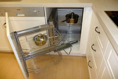Угловой модуль для кухни (нижняя линия) 3