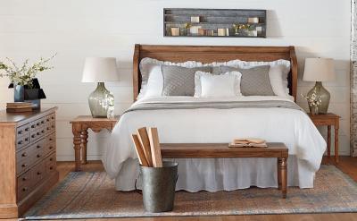 Спальня 18 кв.м с софой 4