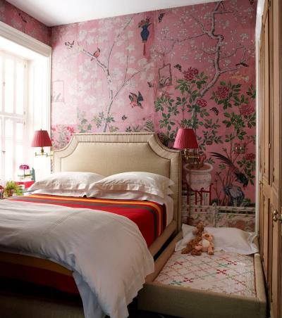 Спальня с детской кроваткой 1
