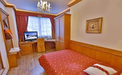 Спальня с односпальной кроватью 1