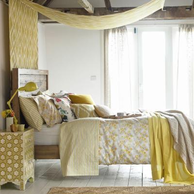 Желтая спальня 18 кв. м 1