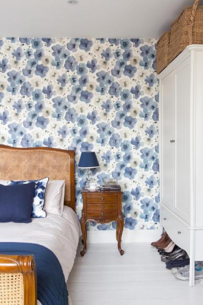 Оформление стен в спальне 2019 обои 1