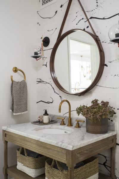Оформление стен в ванной 2019 крупный принт 1