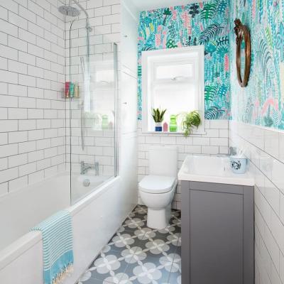 Оформление стен в ванной 2019 крупный принт 6