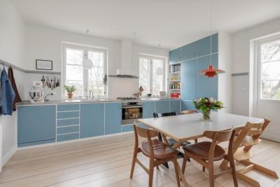 Окна на кухне в скандинавском стиле 5