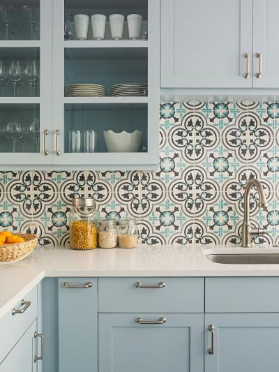 Дизайн фартука для кухни из плитки 2